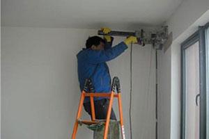 空调打孔注意事项!☎185-3967-7658☎附近空调打孔钻孔师傅电话怎么找?